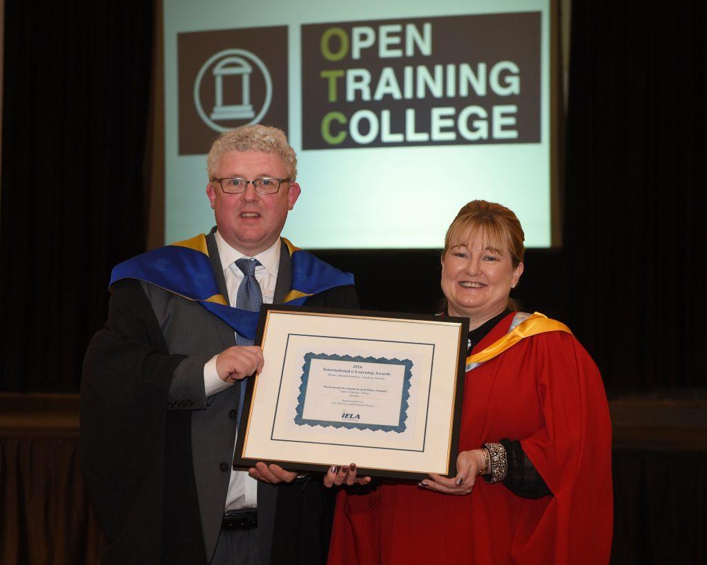 Raymond Watson and Dr Karen Finnerty with IELA E-Learning Award November 2016